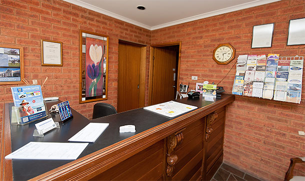 Contact Us for Accommodation in Wagga Wagga NSW